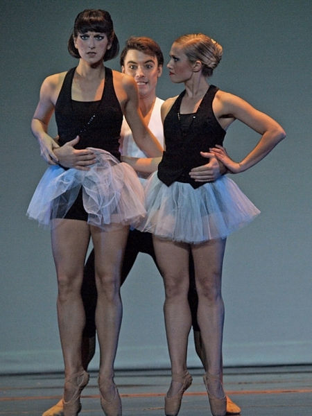 Missouri Contemporary BalletBreaking PatternsNovember 2011Choreography: Karen Grundy