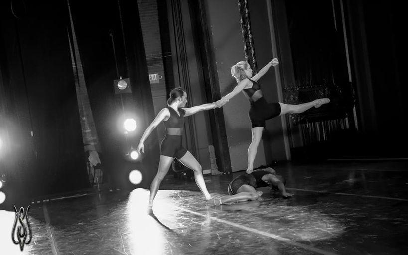 Missouri Contemporary BalletSonata for Two Violins and Three DanersChoreography: Karen GrundyPhotographer: Anthony SaponeMarch 2014