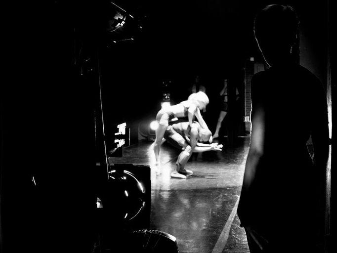 Missouri Contemporary Ballet1000 DetailsChoreography: Karen GrundyNovember 2012