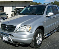 2004 Mercedes-Benz ML320