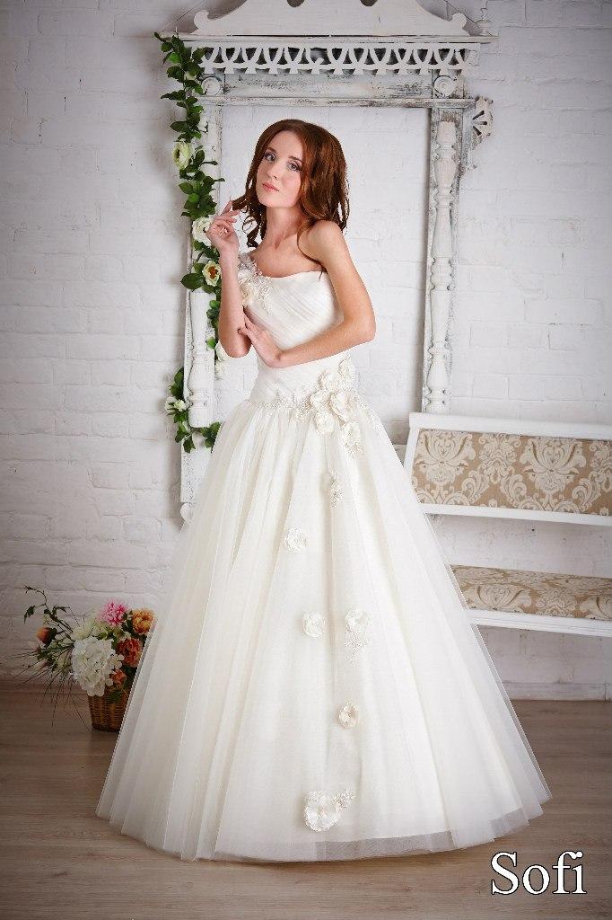 магазин свадебных платьев 10000