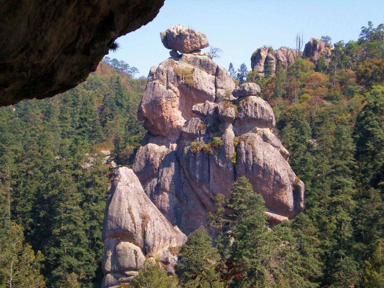 Peñas Cargadas, Real del Monte