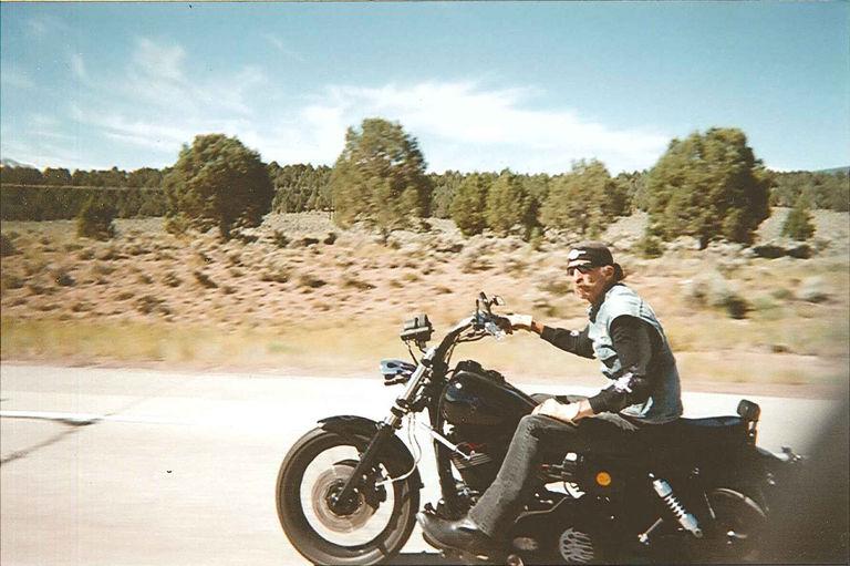 el_forastero_motorcycle_club_desertride