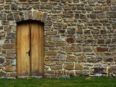Build A Free Slipform Stone House