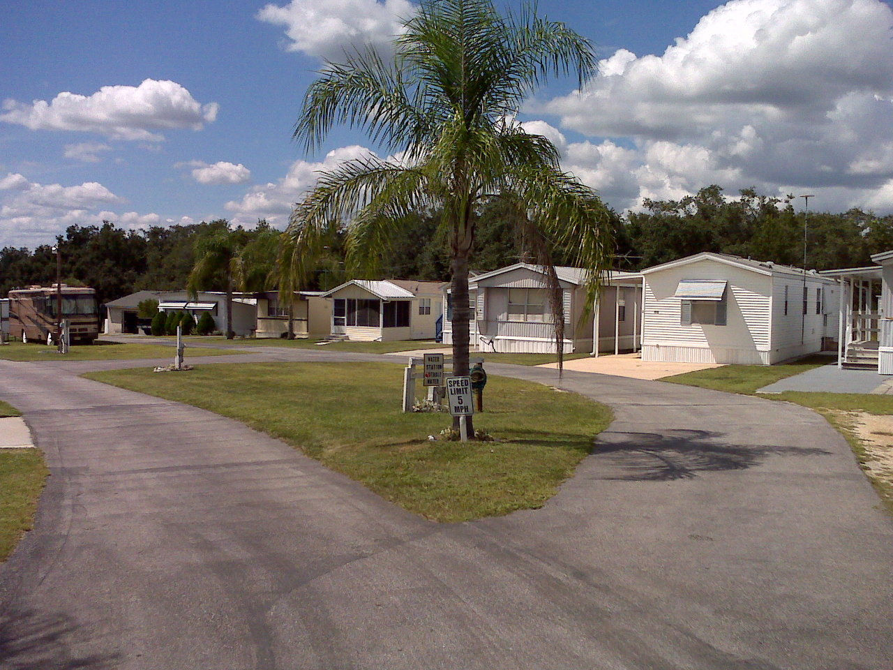 Welcome To Lake Rachlin Mobile Home Park And RV Resort
