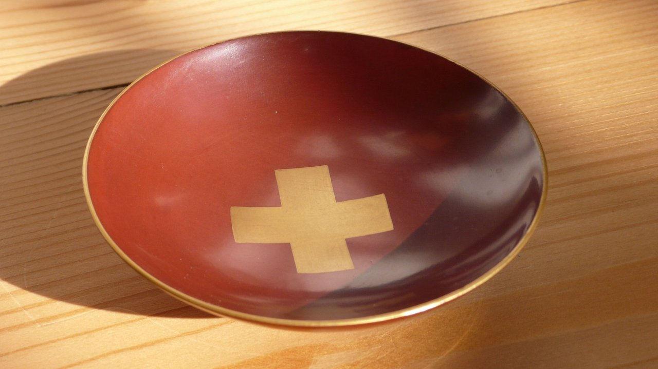 Taça de saquê japonesa antiga