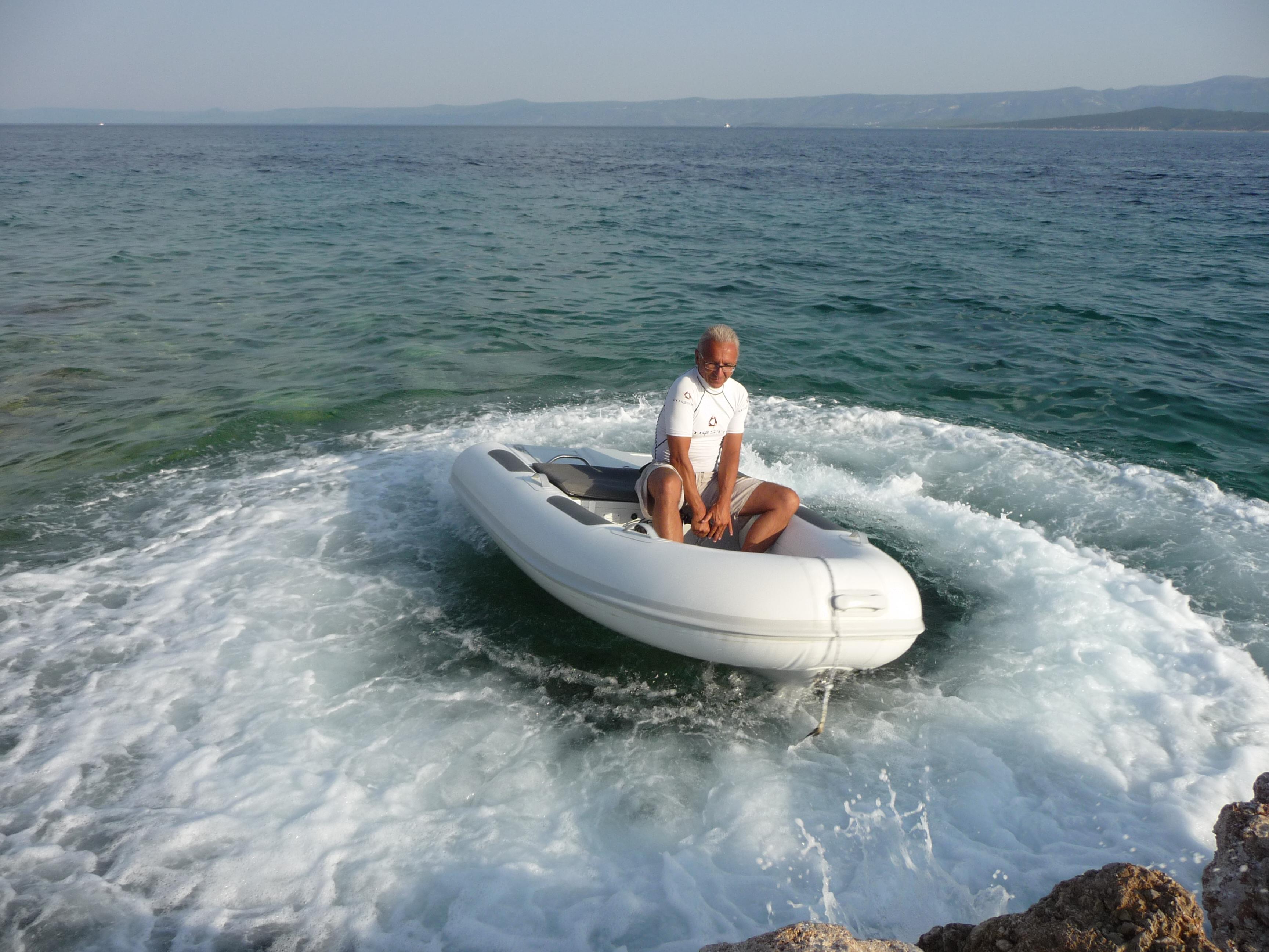 jetTENDER lightest jet power dinghy