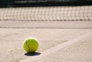 tennis-2042723_1920.jpg