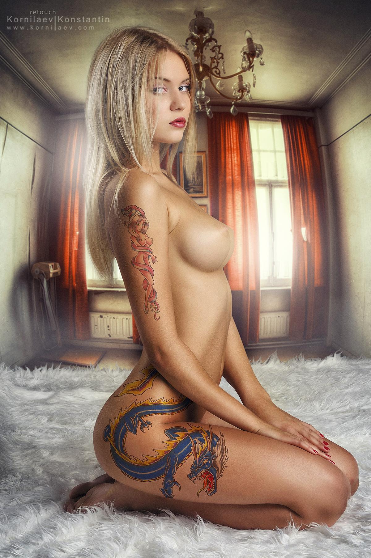 Фото татуированные голые девки 26 фотография