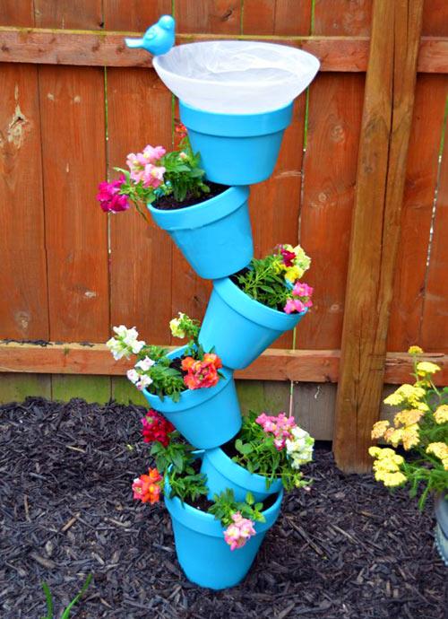 Оригинальные вазоны для сада своими руками
