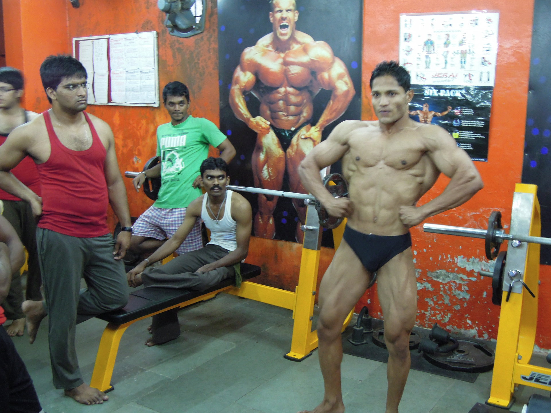 Pumping Iron in Dharavi | Sean Lawrence Roberts