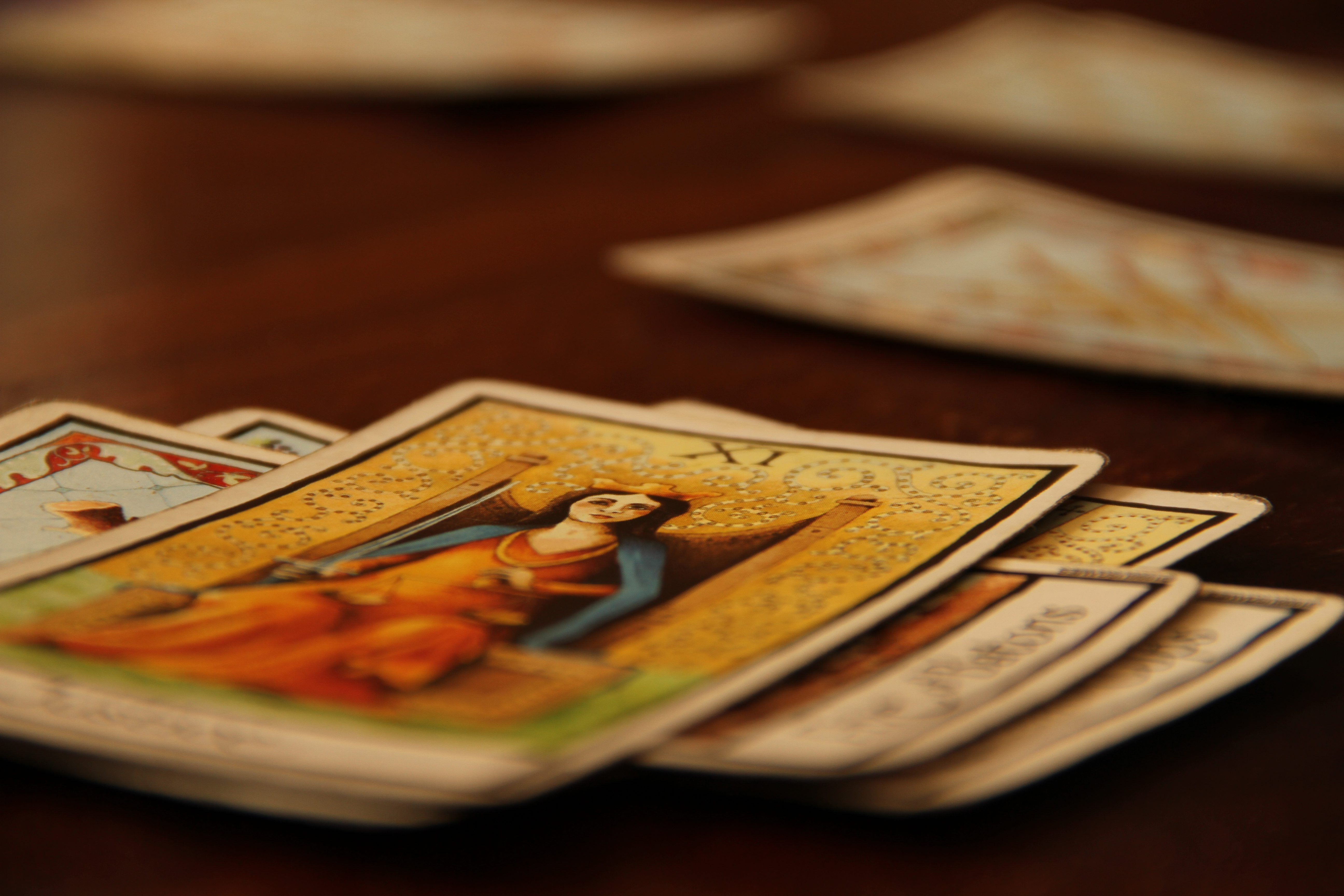 how to give a tarot card reading