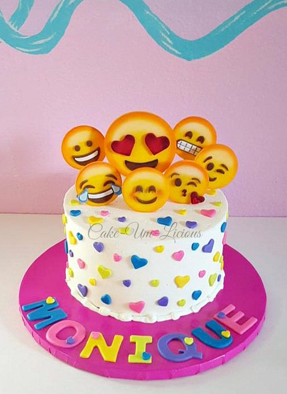 Cake Designs Emoji : CakeUmLicious Cake for Her