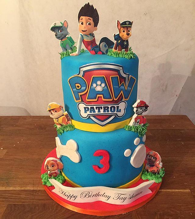 Custom Cakes By B