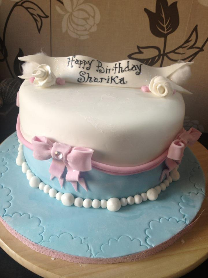 Custom Cakes Uk