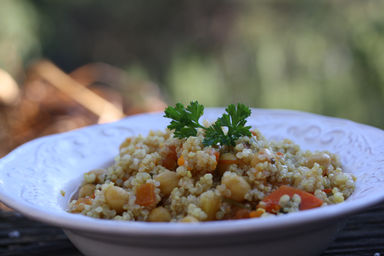 Garbanzo+beans+and+vegetables+with+quinoa+1.JPG