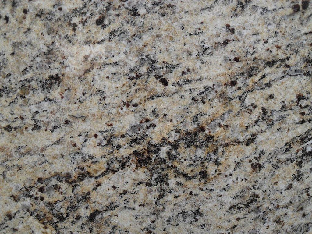 Piso de granito chapa de granito piso de granito ocre for Granito santa cecilia