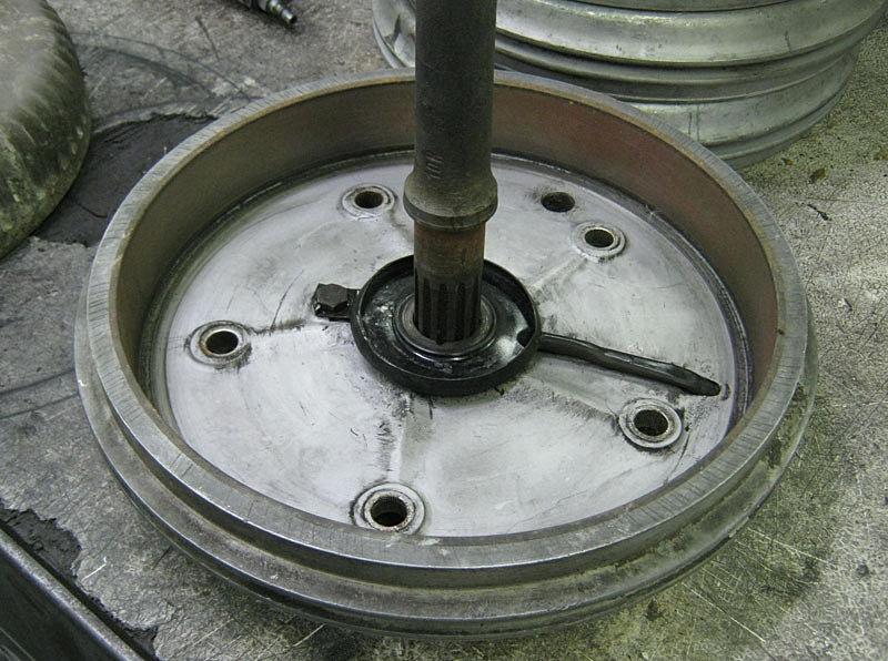 Relining Brake Drums : Jg brake drum relining and refurbishing