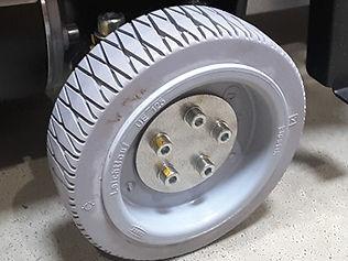 Robotcenter-Anti-Slip-Wheel.jpg