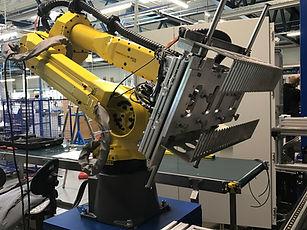 Robotcenter Fanuc 2.JPG