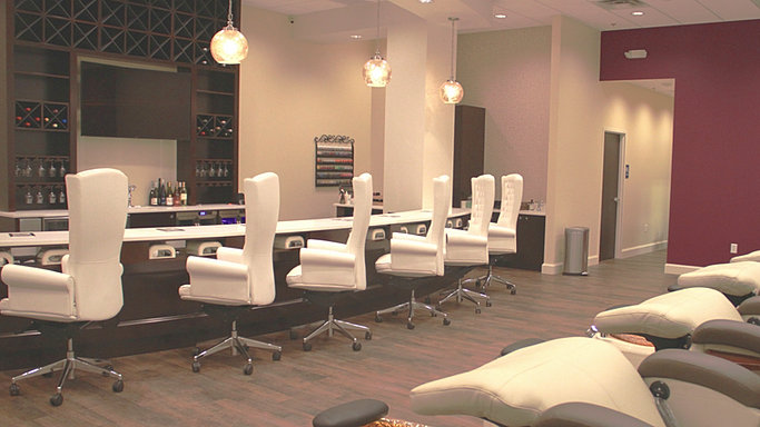 paris nail bar. Black Bedroom Furniture Sets. Home Design Ideas