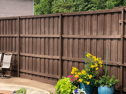 Fence Staining DFW Dallas TX
