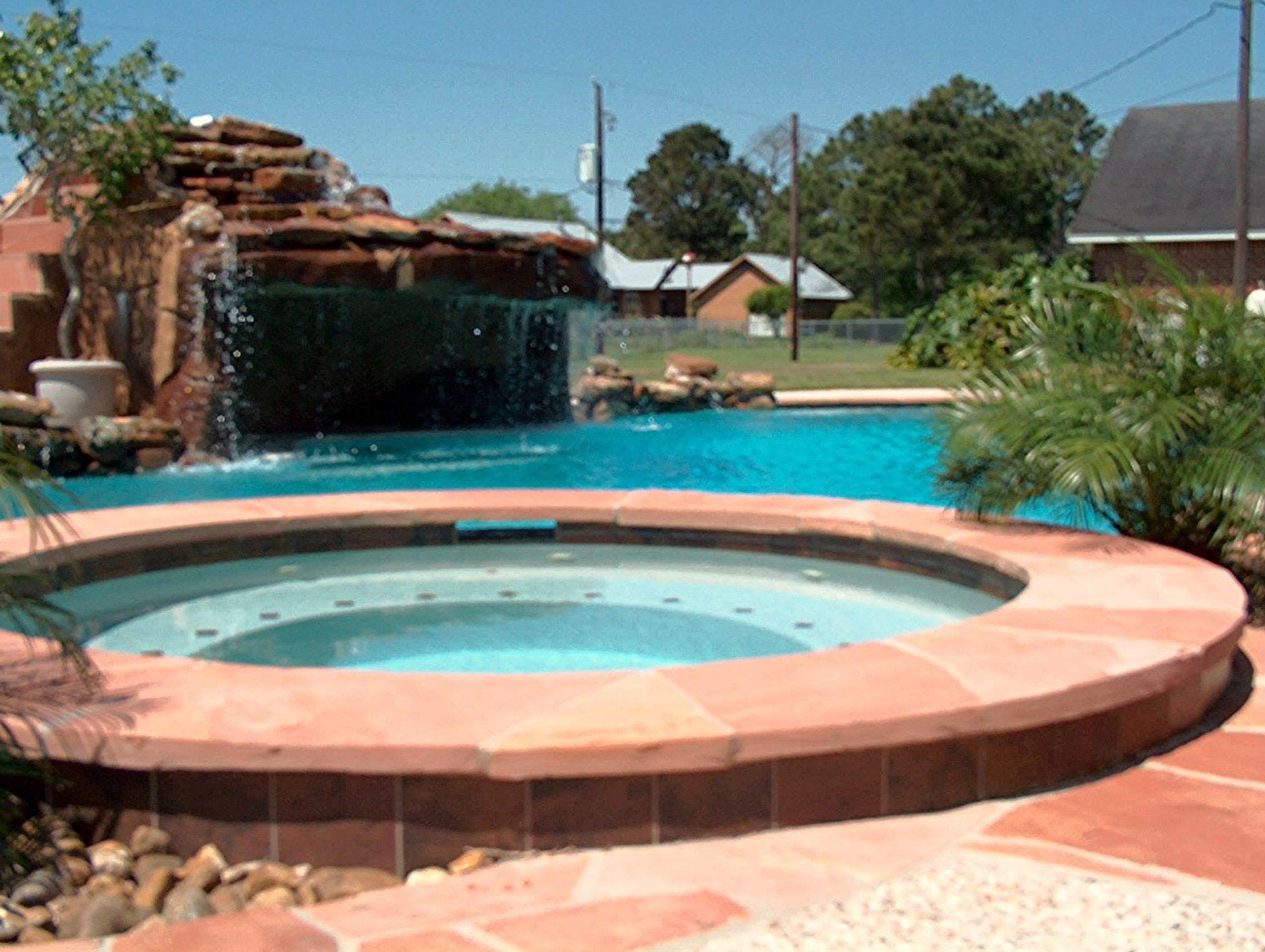 Riviera custom pool builder clear lake tx for Custom pool builder