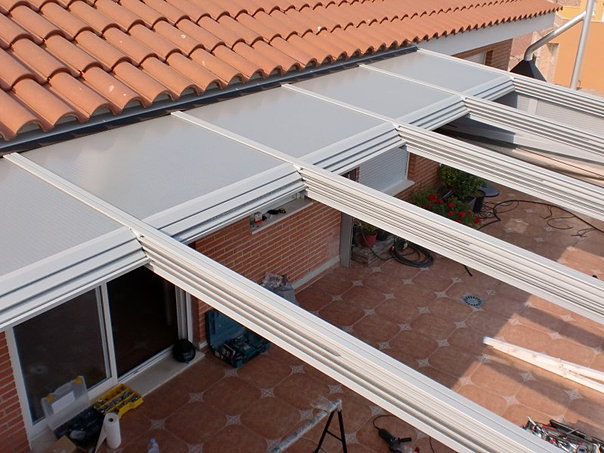Marquesinas en policarbonato - Cubiertas de aluminio para terrazas ...