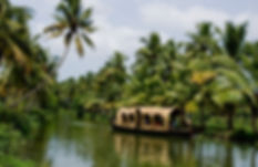 houseboats_in_kottayam_2_438.jpg