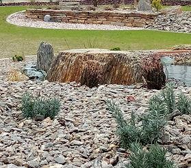 Práce s kamenem.jpg
