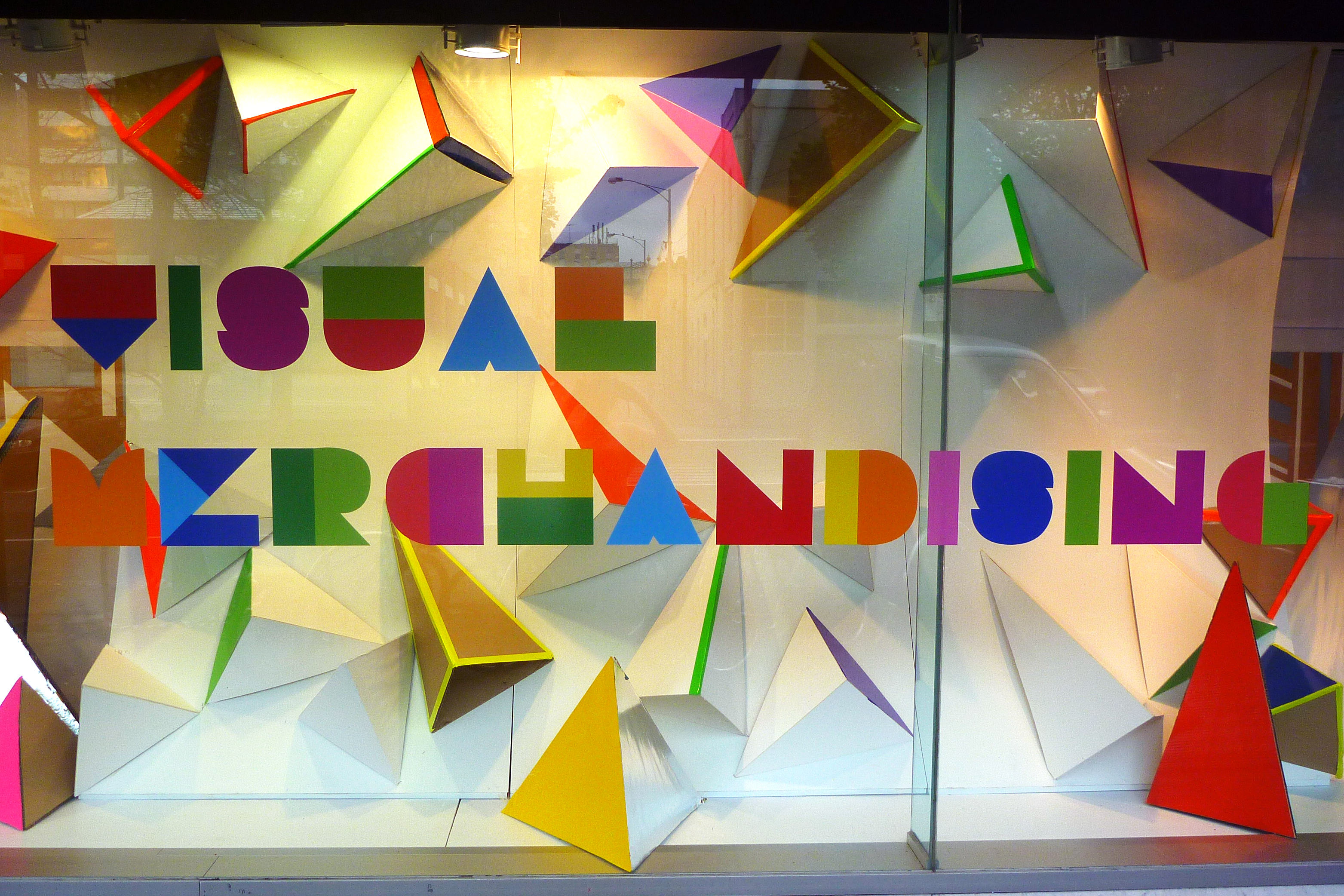 Visual Merchandising Tips for Small Business | EHNSB The Global ...