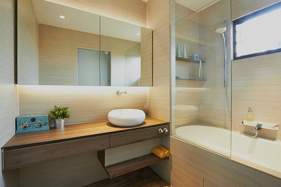 Kompacplus definitively italian distinctively stylish - Bathroom cabinets singapore ...