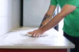 Knetet Pizzateig