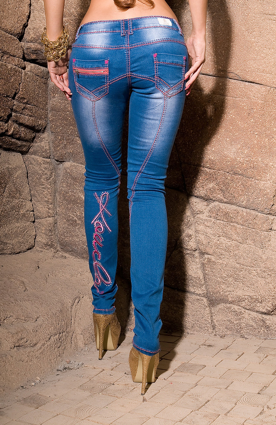 KouCla_jeans_with_embroidery_and_rhinestones__Color_JEANSBLUE_Size_36_0000K600-2