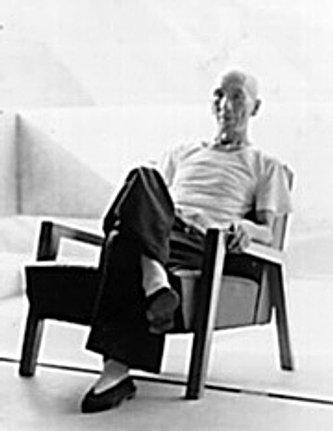 Ip Man seated