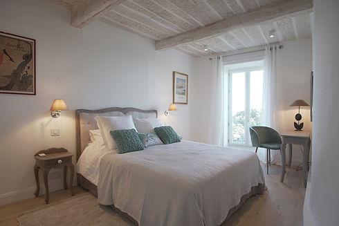 Master bed main.JPG.jpg
