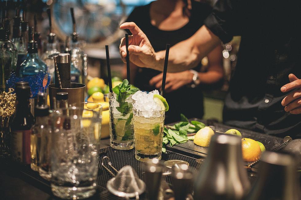 Het voorbereiden van Cocktails