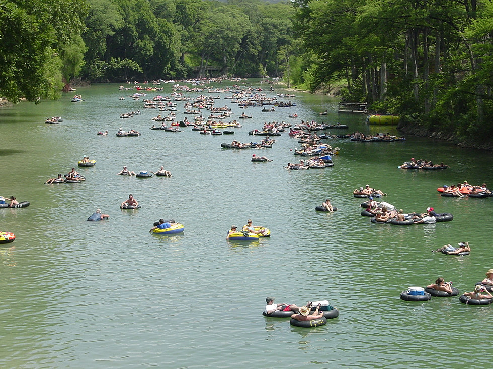 Attractions new braunfels moo cow cabins on the for Floating the guadalupe river cabins