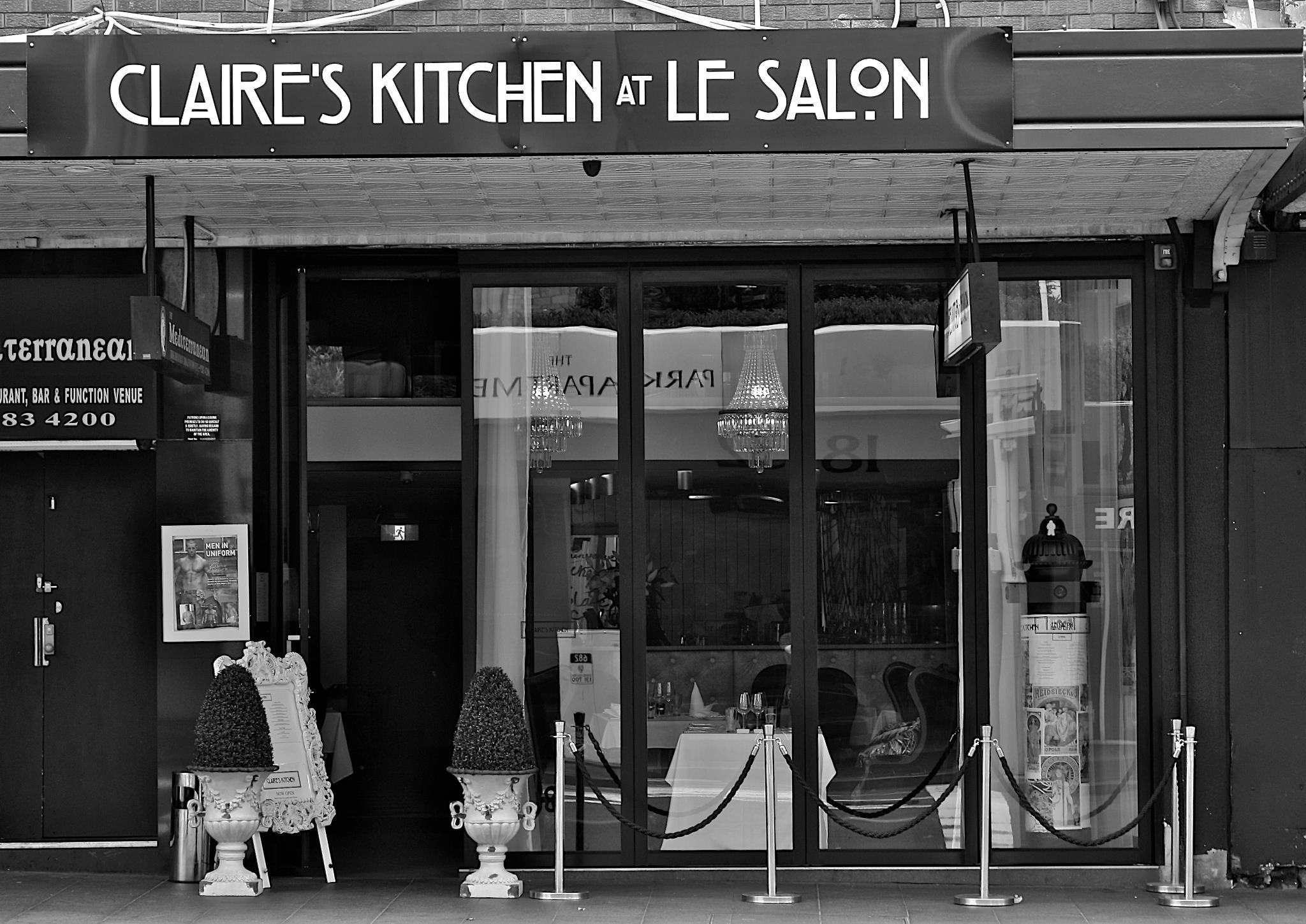 Claires kitchen at le salon french restaurant for Le salon in french