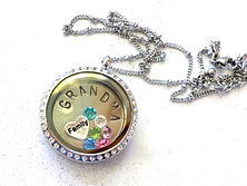 grandma locket