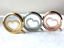 Floating Heart Locket Windows