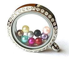 Petite Pearls