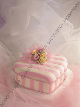MYC_BD_cake decorating tutorials_birthday women heart cake_decoracion de tortas tutoriales_tortas tartas pasteles mujer corazon_M.png
