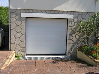 Shining grand ouest le portail aluminium et de la porte de garage - Porte sectionnelle aluminium ...