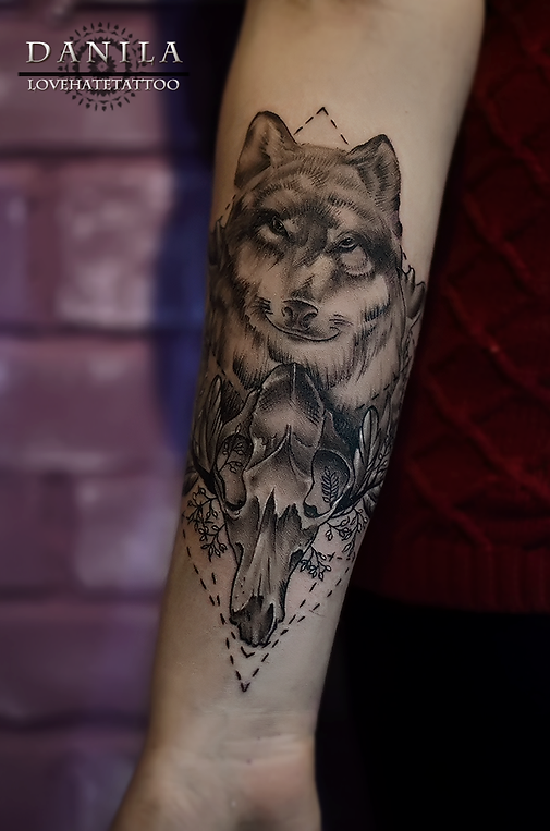 Значение татуировки ворон. Символика тату 8