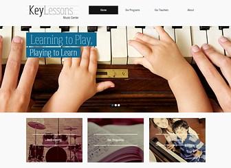 키높이 어린이 음악학원 Template - 즐거운 음악학원의 모습이 슬라이드쇼로 진행되는 이 템플릿을 이용해 내 음악학원, 놀이방을 위한 홈페이지를 제작하세요. 홈페이지를 통해 교육 프로그램을 소개하고, 열정 넘치는 강사들의 교육 철학을 공유하세요.