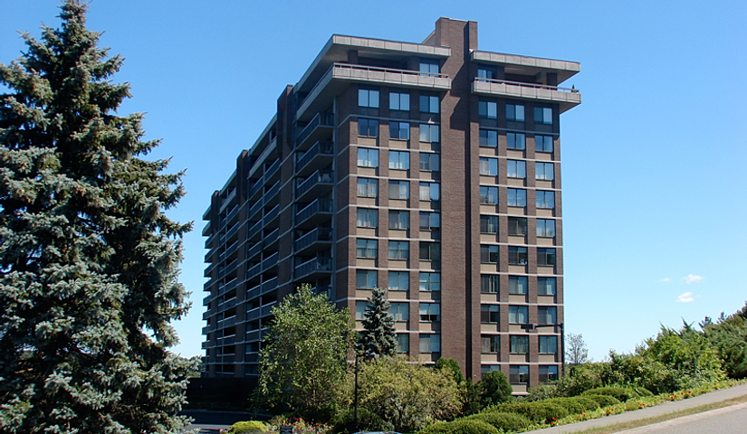 Real Estate Specialist Ferncroft Tower Middleton Ma