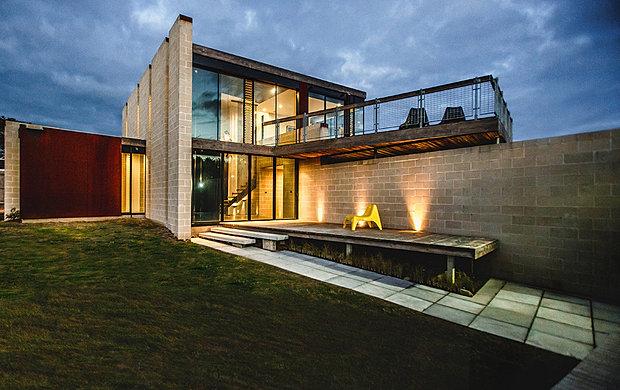 Branch Studio Architects Bridge House