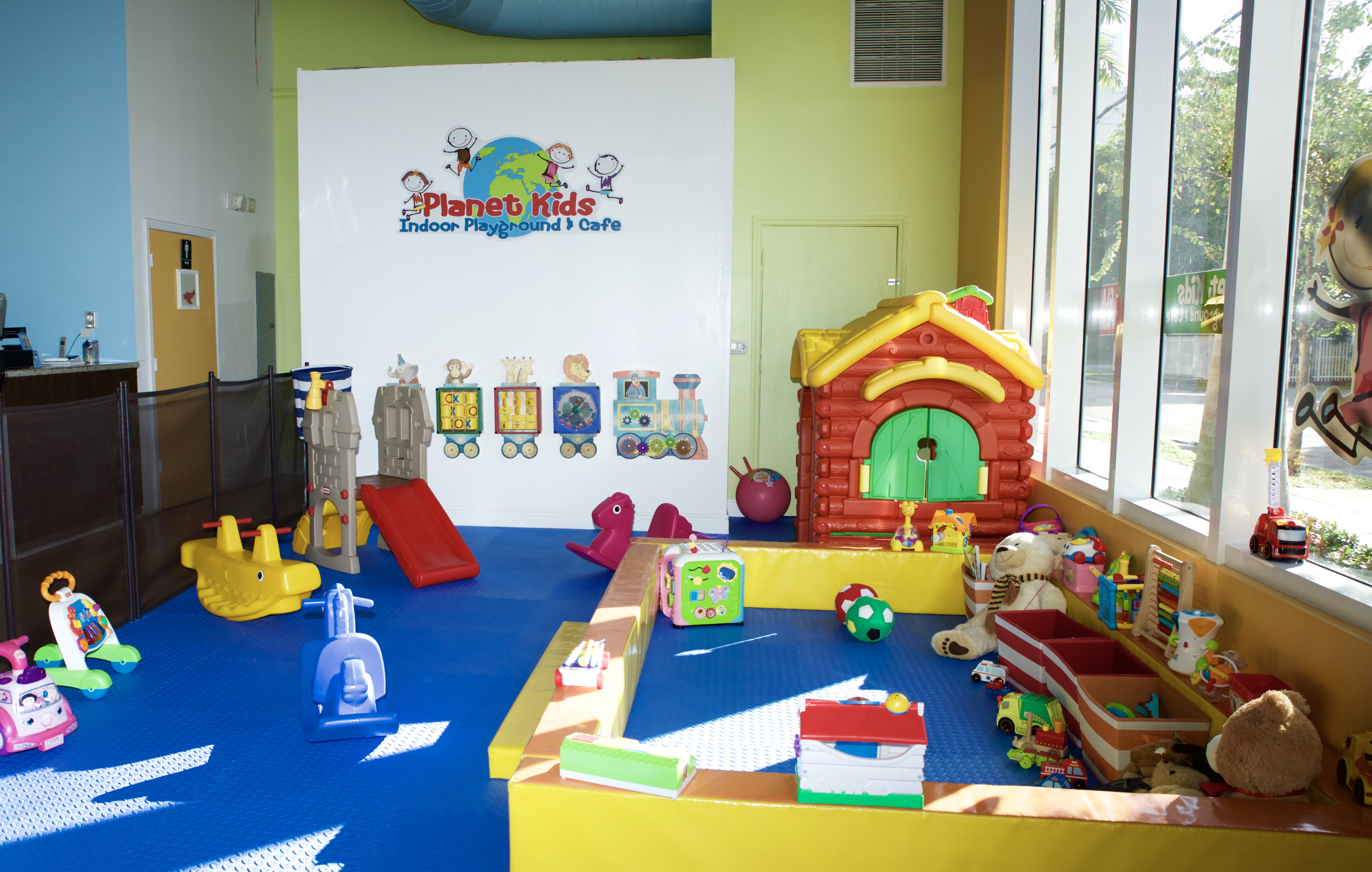 Indoor playground miami i birthday party miami i kids for Indoor party places for kids