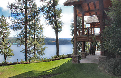 CDA Lake Estate with Views